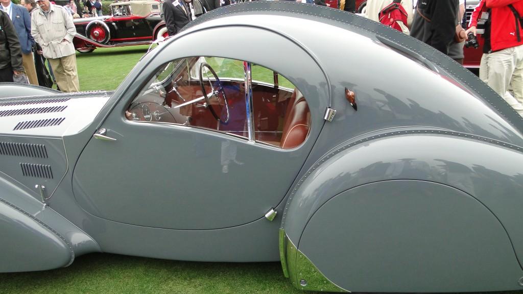 Design Elements of Classic Cars Belong At Home
