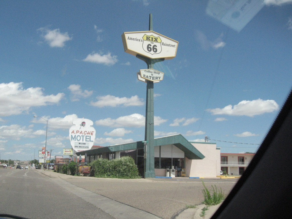 travel road signs from Route 66