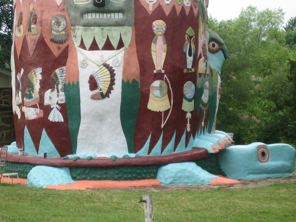 Ed Galloway's totem pole along Historic Route 66