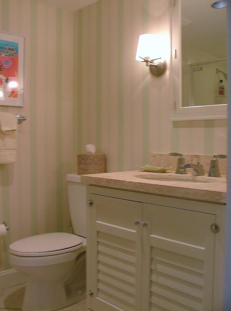 Coordinating guest bath