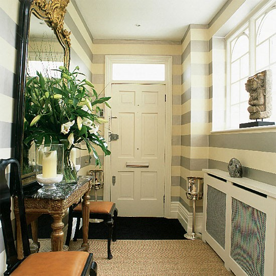 4 Qualities of Gold Medal Hallways and Stairways | Decor Girl
