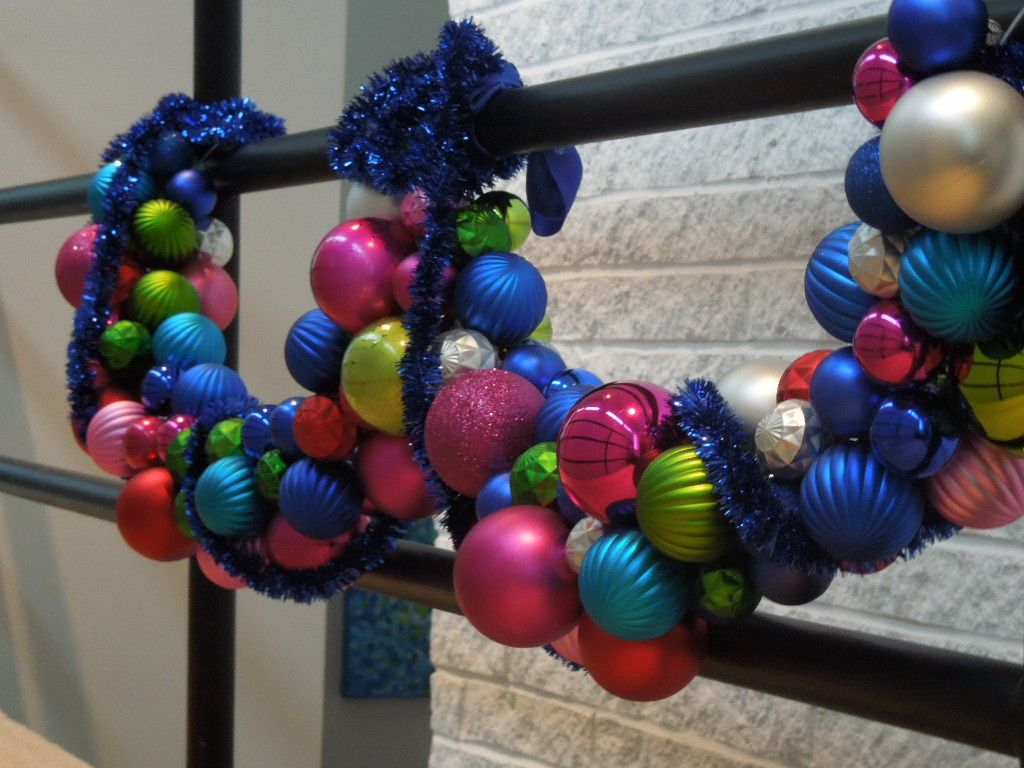 How to make easy colorful holiday wreath or garland for Christmas swags and garlands to make