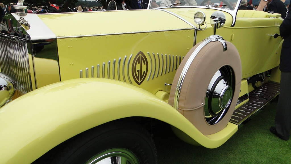 Butter yellow Rolls-Royce