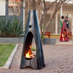 5 Cutting Edge Outdoor Fireplaces On The Cool List