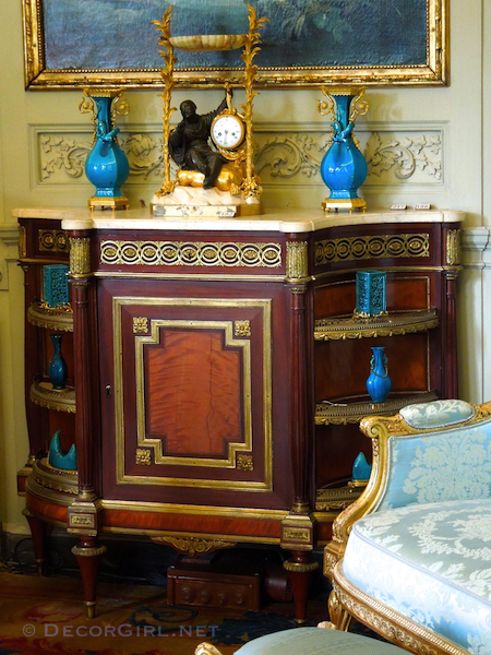 Musee Nissim de Camondo furniture