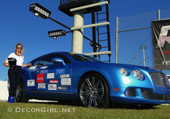 Decor Girl Bentley CGT Speed