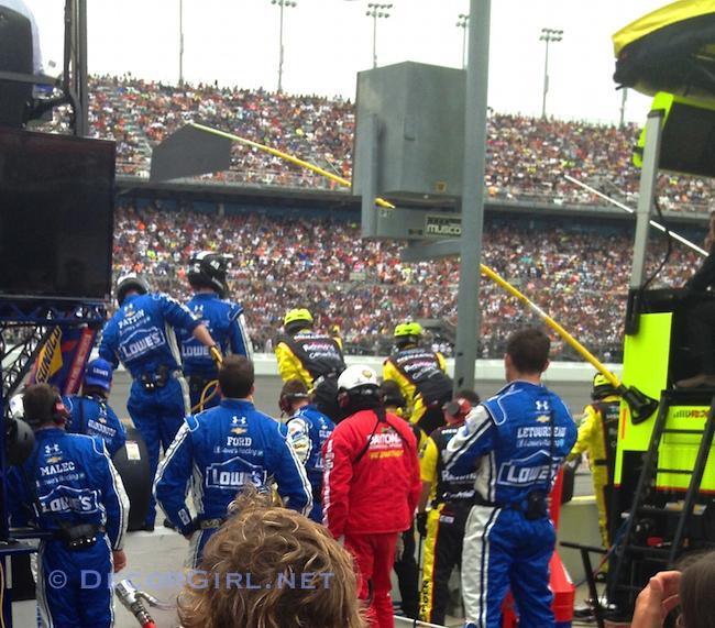 Lowe's Racing Pit Crew