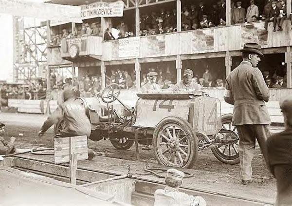 Matson, Joe, Race car at pits, 10-1-1910