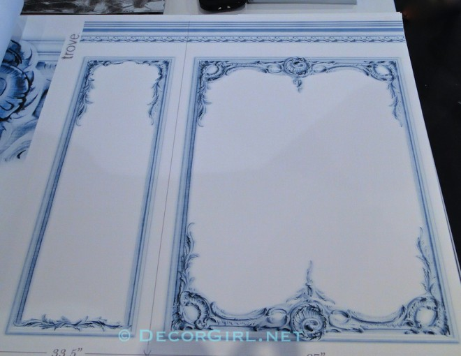 Traditional Molding Wallpaper
