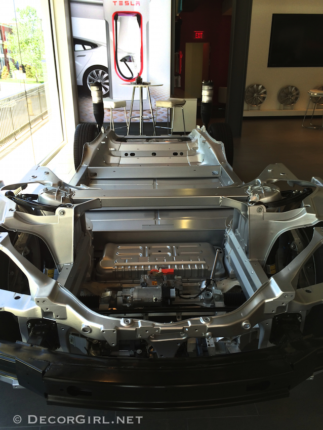 Tesla underbody and battery