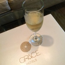 The Vanderbilt Grace champagne