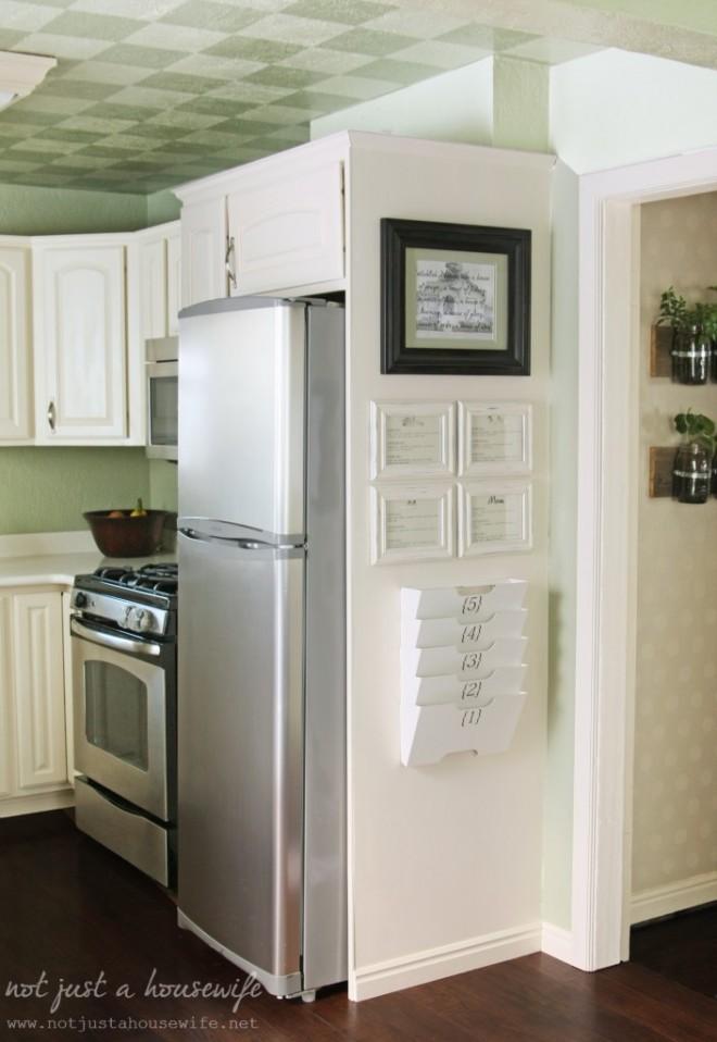 Daily organization zone in kitchen