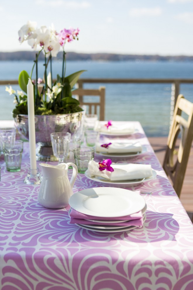 Beautifully set table by Hen House Linens