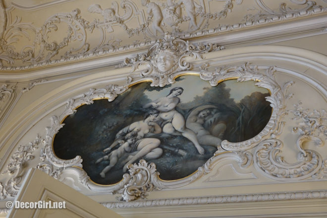 Detailed plaster and painting at The Elms