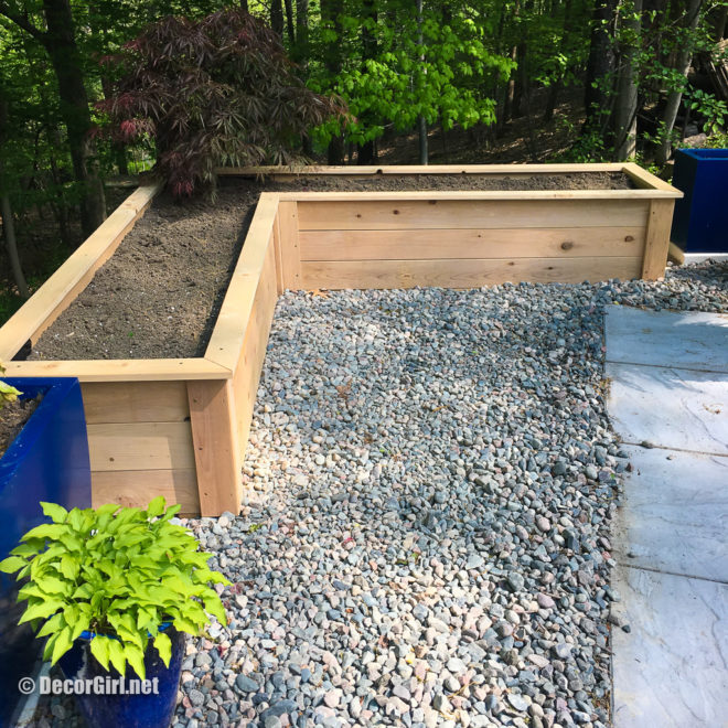 Finished cedar planter box frorm Natural Yards