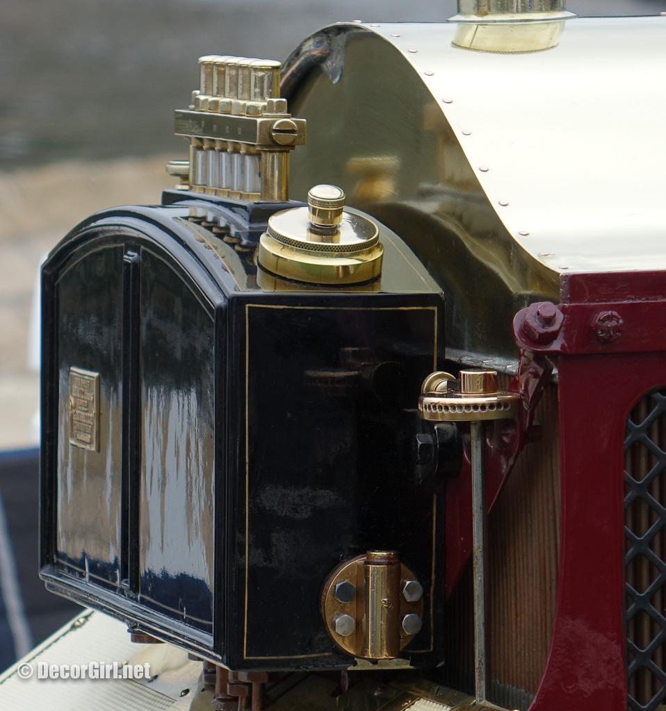 dashboard of 1907 Renault AI 35/45 HP Vanderbilt Racer
