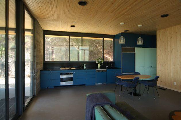 Monochromatic kitchen colors