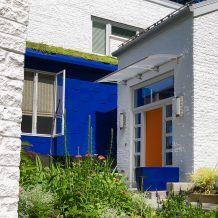 How To Boldly Redesign Your Front Door In Minutes
